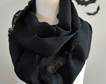 UNISEX Handwoven Cotton Cobweb Loop Scarf - Black