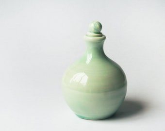 Bottle with stopper in Teal