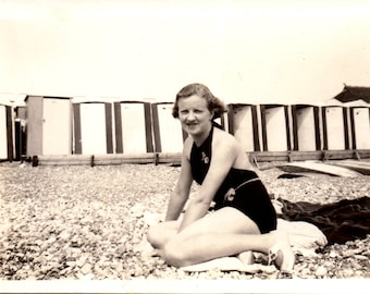 Vintage Photo - Bathing Suit Girl - Vernacular, Found Photos  (A)