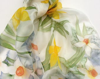Yellow daffodils and Narcissus hand painted silk scarf.   Hand painted silk scarf. Spring Flower Silk scarf.