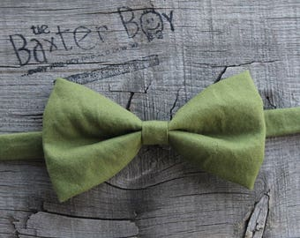 Ready-to-ship --- Size LARGE Solid Olive Green Bow Tie for little boys - photo prop, ring bearer, wedding
