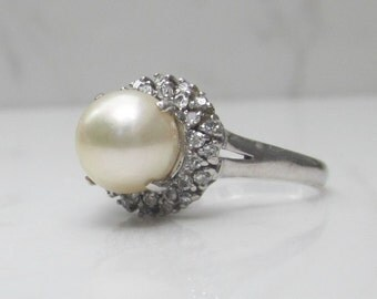 vintage pearl and diamond halo ring solid platinum size 625 pearl halo ring - Pearl Wedding Ring
