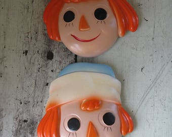 chalkware raggedy ann and andy wall plaques  5 1/2 in. tall nursery decor plaster plaques playroom decor