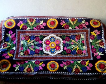 Vintage Uzbek silk embroidery on black velvet suzani. Bed cover, wall hanging, home decor suzani. SW019