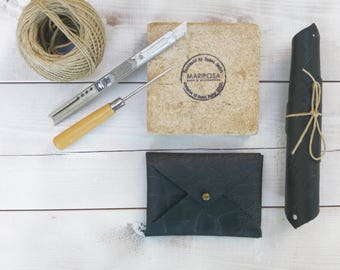 Gifts for guests, Best Man Gift, wedding Gift Leather Wallet unique  Mens wedding gift, custom leather wallet leather case Groomsman's Gifts