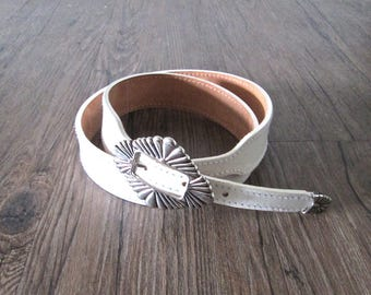 Vintage 90's leather belt WESTERN CONCHO white with silver buckle - L/XL