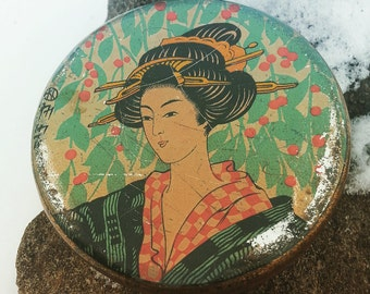 Antique Japanese Geisha Foundation Tin