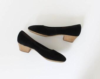 1970s Gum Sole Ballet Heels // 70s Vintage Black Suede Low Heel Pumps // 6.5