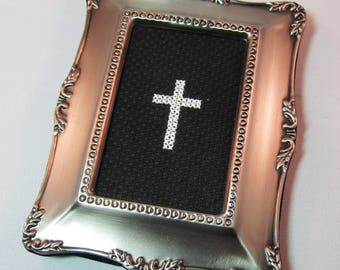 Cross Cross-Stitch Mini