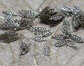 200 pcs Antique Brass 6x13mm Maple Leaf Filigree Jewelry Findings,Pendant Findings,Filigree Findings,Leaf Filigree