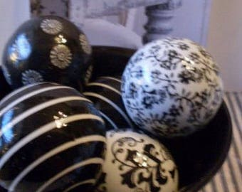 Primitive Folkart Black Toile Ceramic Balls Bowlfillers Rue23paris Collectibles We Ship Internationally