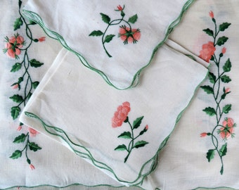 Antique Napkins and Placemats Set Handmade Lovely Rose Pink Flowers on Vine in Mint Green Tones Table Linens Luncheon Set
