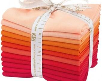 KONA Darling Clementine palette - Cotton Solids in Tangerine and Poppy shades - 12-piece Fat Quarter Bundle - Robert Kaufman