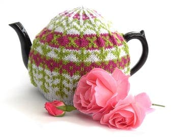 Knitted Tea Cosy pattern , kitchen decor instructions , knitters gift , downloaded pdf tutorial for hand knit tea cosie