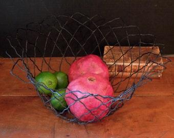 Antique / Vintage Black Metal Wire Basket / Black Wire Bin / Industrial Decor / Kitchen Storage