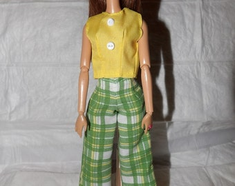 Green, yellow, white plaid pants & yellow top for Fashion Dolls - ed965