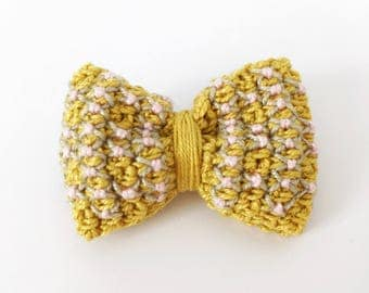 Brooch Mustard Bow - crocheted jewelry | bow brooch, crocheted bow, embroidered, cute brooch, gift for her, crochet pin, brooch pin, yellow