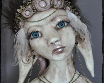 BARGAIN !! Elysia - Ooak art doll bust