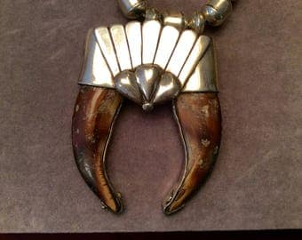 Sale.  Sterling American Indian Claw  Necklace