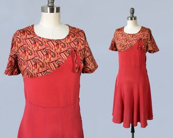 1930s Dress / Late 30s Day Dress / Red Art Deco Print / Flutter Sleeves