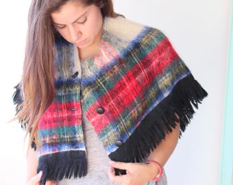 1980s  PLAID Hipster Geometric Sweater...one size. free size. colorful. hippie. boho. retro. holiday. 1970s. 1980s sweater. urban. ladies.