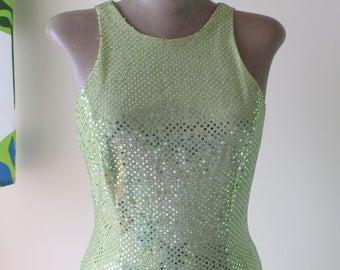 1980s Vintage Green SEQUINS Fancy Dress....size small to medium....fancy dress. 80s dress. fabulous. dazzle. drop dead gorgeous. prom. fun
