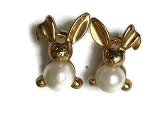 Vintage Avon Bunny Gold Tone Earrings with Pearl Belly