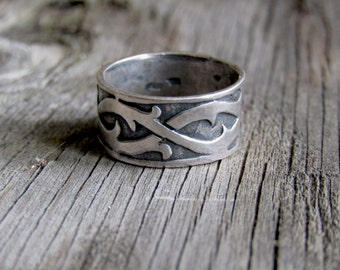 Sterling Silver Band Ring // Gothic Barbed Wire // Viking Ring // Vines - Size 7.5