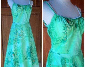1970s DeWeese Design Sundress / Sundress /DeWeese Floral Dress / 70s Vintage Sun Dress / DeWeese Green Tropical / Small 32 Bust