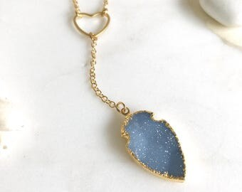 Druzy Arrow Long Lariat Necklace in Gold. Blue Druzy Y Necklace. Unique Bridal Necklace. Gift. Druzy Jewerly.