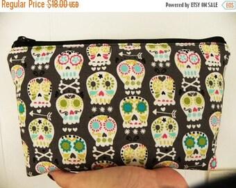 Skulls cosmetic Bag/accessory Pouch-Gray Bone Head Skulls