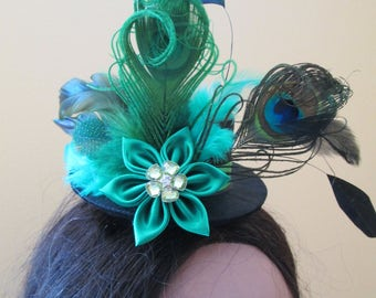 St Patty's Day Peacock Wedding Fascinator, Irish Mini Top Hat, Steampunk Bridal Hat, Green Millinery Feather Head Piece, Kentucky Derby