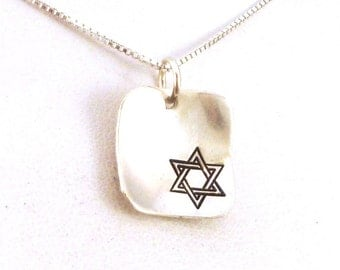Sterling Silver Star of David Necklace / Magen David Necklace / Jewish Necklace / Jewish Star Necklace / Bat Mitzvah Necklace / Minimalist