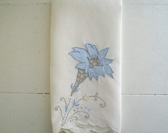 Vintage Guest Towel White Linen with Blue Flower Madeira Embroidered Fingertip Towel