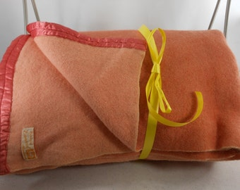 Vintage ESMOND Blanket Wool Reversible 1940s Peach