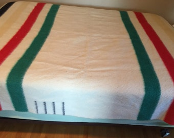 Antique Hudson Bay Wool Blanket, Red Label, Multi-Striped 4 Points, Made in England