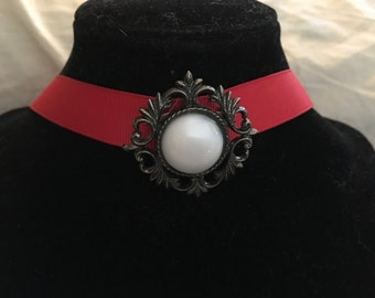 Red choker necklace, vintage resin focal, bronze with white stone, red ribbon choker, vintage pin focal, bronze, white, simple
