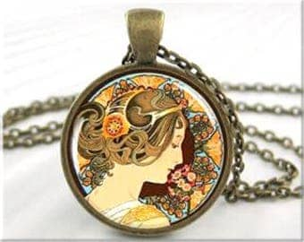 Elegant Lady Glass Cabochon Pendant Necklace