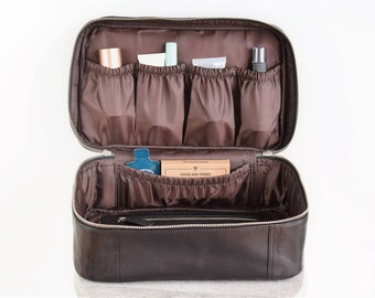 Large toiletry bag - Makeup bag leather - Leather dopp kit - Personalized wash bag - Leather cosmetic bag - Groomsmen gift - Mens dopp kit