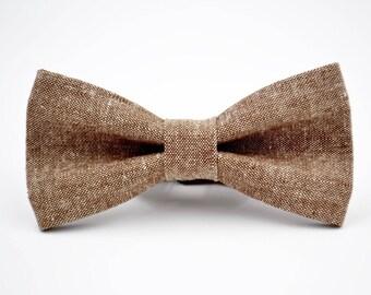 Mens Bowtie, Kaufman Linen in Nutmeg, Brown Linen Bowtie, Groomsmen Bow Tie, Groom Bow Tie, Wedding Bow Tie, Rustic Wedding, Adjustable