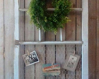 Chicken wire frame, Old Window, Photo board, Large White Vintage window, Shabby Cottage, Rustic, Salvaged, Farmhouse Home decor