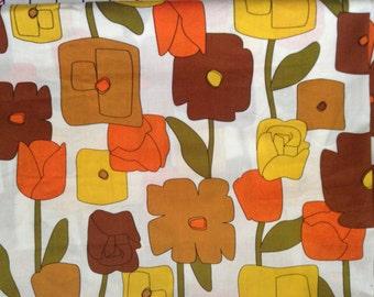 Robert Kaufman Hot Couturier Fabric . 1960's Retro Floral Design . Modernism Minimalist Mid Century . Upholstery Interior Quilting