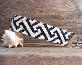 Modern black and white key fob , key fob in geometric print, key ring,strap for keys ,wristlet,simple modern key ring,strap,key ring