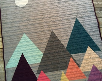 MADE TO ORDER- Multi Tone Mountain Quilt