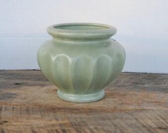 Vintage Haeger Vase or Planter Bowl Dish Green Speckled Florist Telegraph Delivery Association