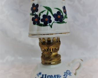 Small vintage oil lamp - Home Sweet Home - Porcelain lamp
