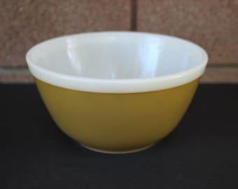 Pyrex Americana Mixing Bowl #402