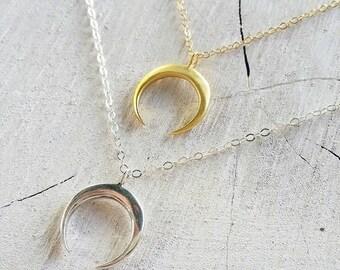 Crescent Moon Necklace - beach jewelry, beach chic, ocean jewelry, hawaii, kauai