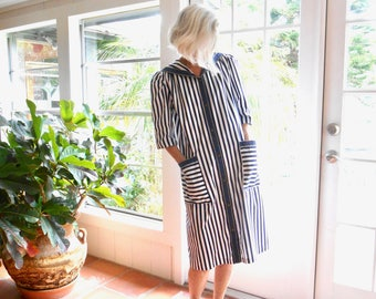 Vintage Models Coat striped nautical sailor collar loungewear robe: medium, medium/large