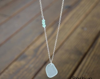 Seashell Jewelry ...White Sea Glass and Mint Beads Necklace (1444)